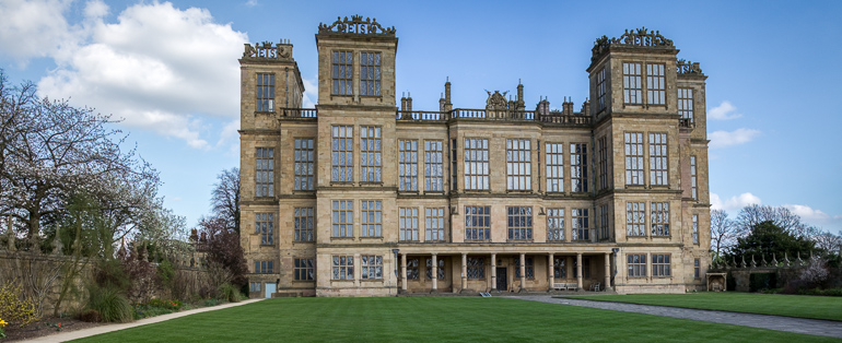 Hardwick hall 3 image pano using 22mm pancake lens on EOS-M plus 100% crop